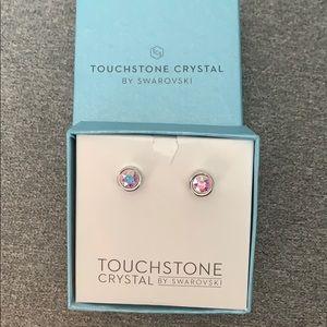 ✨Touchstone Swarovski Crystal stud earrings
